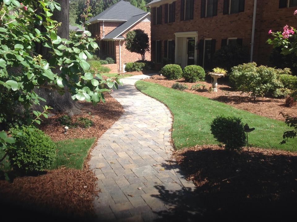 Minimal Front Yard Landscaping
